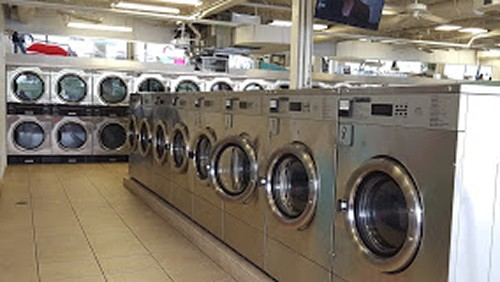 The Laundry Mat Washer
